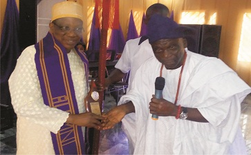 UNIBEN Alumni honour Adegbenro, two others