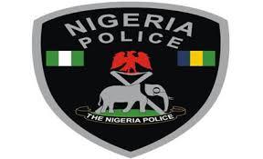 Police begin manhunt for killers