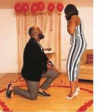 Is it right to propose to a lady kneeling down?