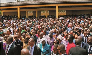 Again, Akeredolu boosts workers' morale
