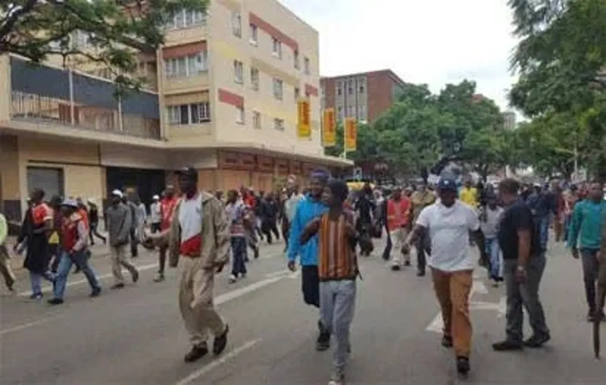 Don't involve youths in thuggery, politicians urged