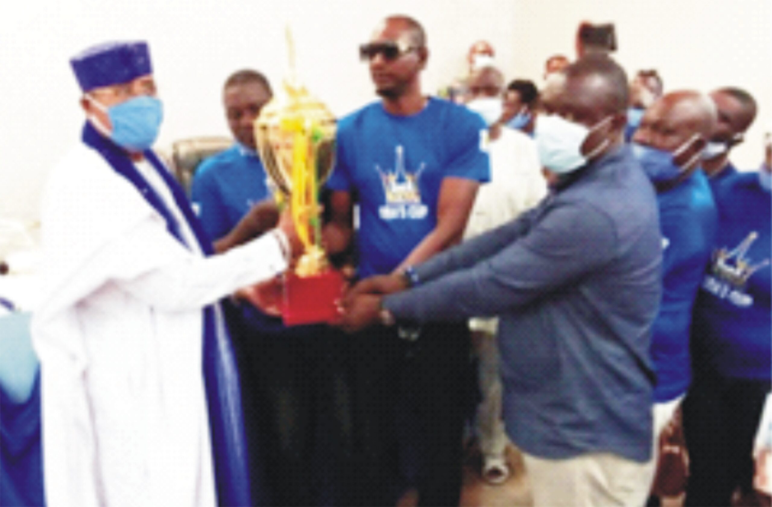 Council of Obas' presents trophy, medals to organizers