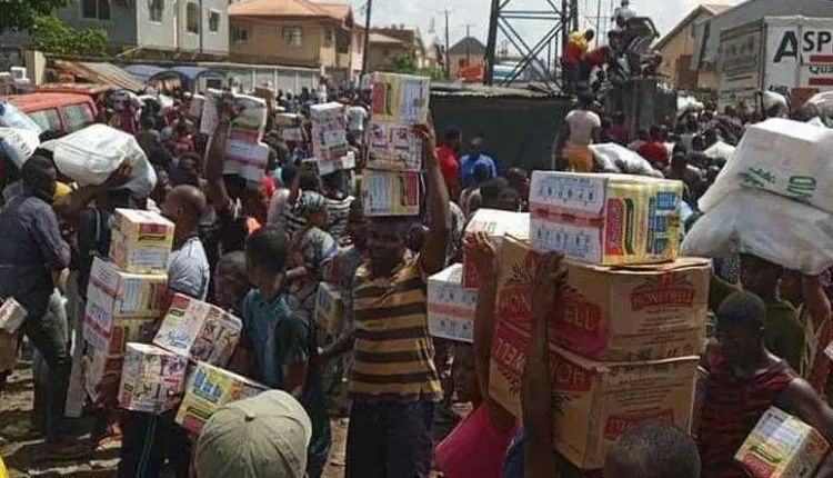 Panic in Ekiti as looted poisonous grains storm market
